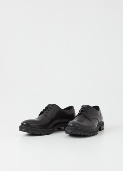 Johnny Derby Black cow leather